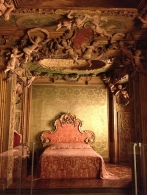 Venetian bedroom at the Met