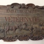 Antique veterinary sign in Paris